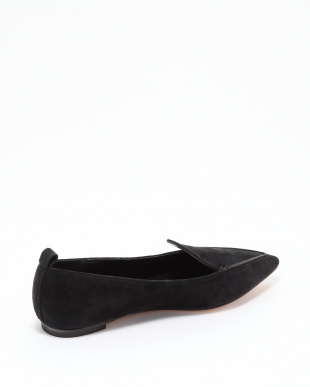 BLACK POINTED FLAT SHOESを見る