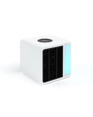 White 冷却・加湿・空気清浄・調光ライト evaLIGHT Plusを見る
