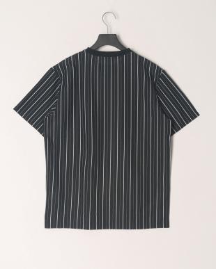 ブラック モノトーンストライプTシャツを見る