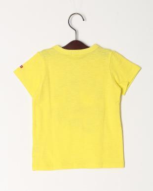 黄 Tシャツを見る