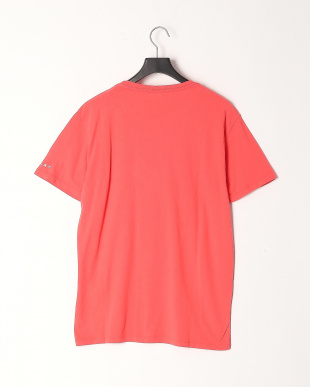 CORAL RED T-Shirtsを見る
