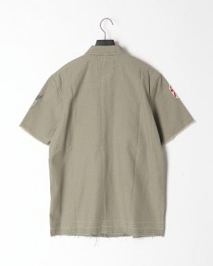 SAGE GREEN Shirtsを見る