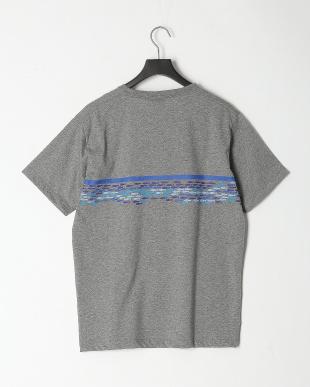 グレー TEEシャツを見る