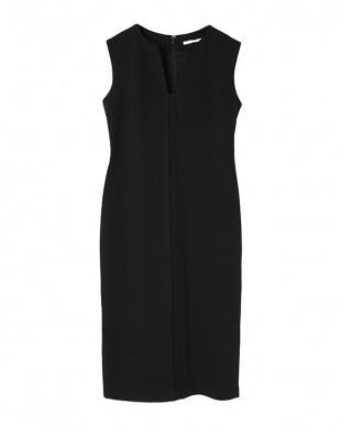 ブラック ストレッチチューブドレスを見る