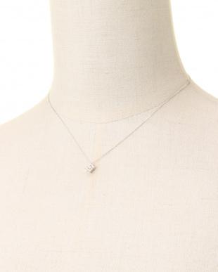 K18WG 天然ダイヤモンド 計0.2ct デザインネックレスを見る