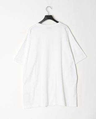 ホワイト  ペイントロゴTシャツを見る