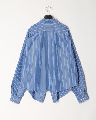 ブルー  スウィングシャツを見る