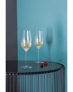 UPPER WEST シャンパン ペアを見る