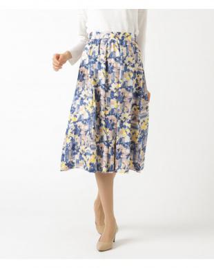 ローズピンク スカートを見る