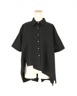 ブラック アシンメトリーランダムヘムシャツを見る