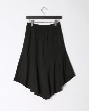 ブラック デザインフレアスカートを見る