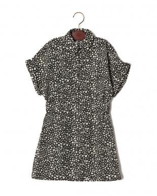 ブラック プリント 半袖シャツドレスを見る