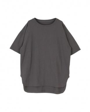 チャコール コットンカットソーロング丈Tシャツを見る