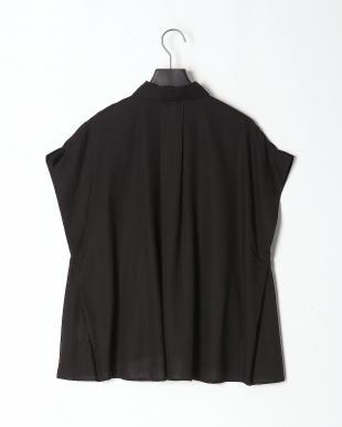 ブラック オーバーサイズサイドタックシャツを見る