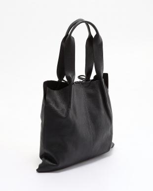 ブラック [トプカピ トレジャー]TOPKAPI TREASURE シュリンクレザー 1枚仕立てA4トートバッグを見る