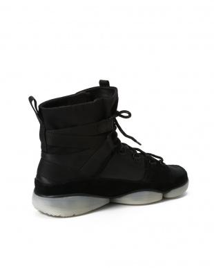ブラック TriEvo Bootを見る