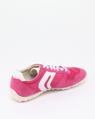 PINK SNEAKERSを見る