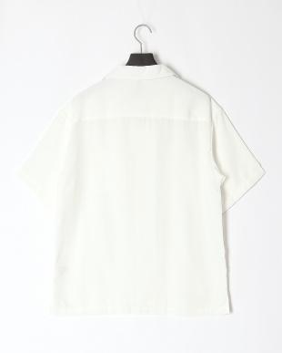 シロ ポリエステルオープン襟シャツを見る