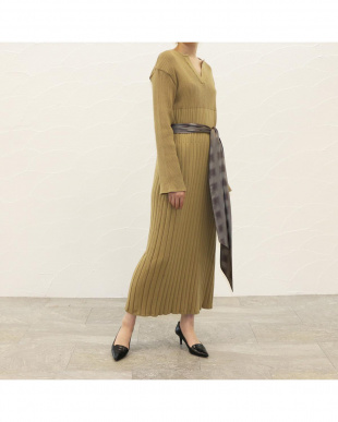 21.BEG/GRY UVCUT BAMBOO KNIT ONE-PIECEを見る