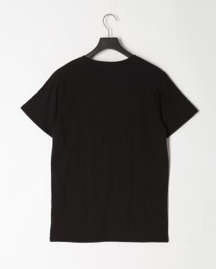 BLK Tシャツを見る