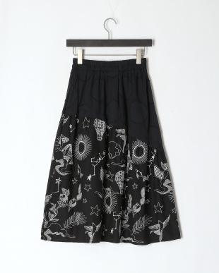 ブラック オリジナル刺繍 布帛スカートを見る