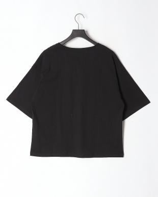 ブラック 頑張るクマ柄Tシャツを見る