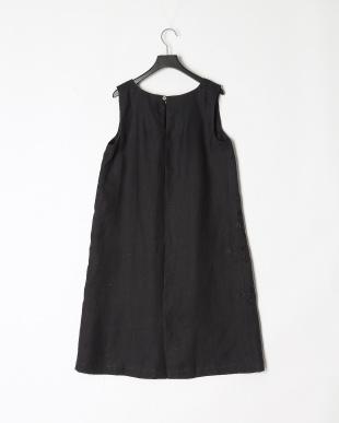 ブラック ドレス アンドロスを見る
