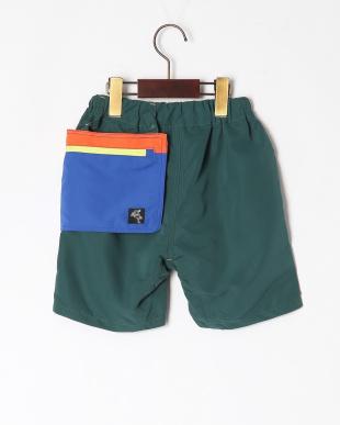 グリーン ポケット付ハーフパンツを見る