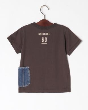 チャコール デニム脇ポケットTシャツを見る