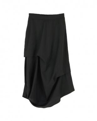 ブラック アシンメトリードレープスカートを見る