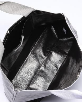 98/無彩色I(ブラック) 配色デザインファンバッグを見る
