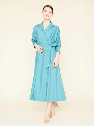 ブルー ポリエステルレーヨンカシュクールデザインドレス Sybilla を見る