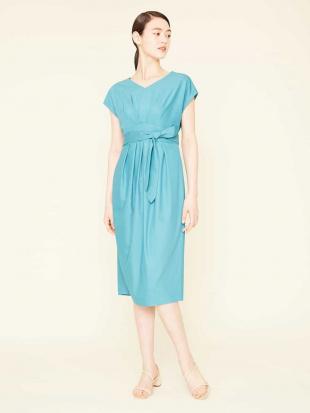 ブルー ポリエステルレーヨンデザインドレス Sybilla を見る