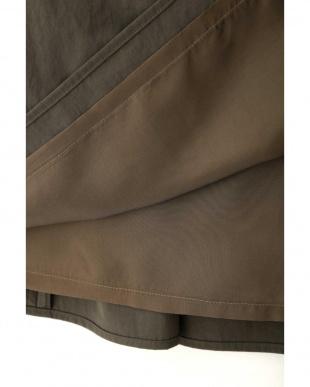 カーキ ◆ライトナイロンラップスカート アドーアを見る