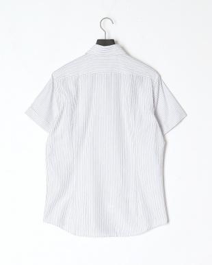 グレー系 カジュアルシャツを見る