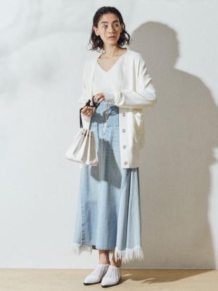 アイスブルー アシンメトリーデニムスカート UN3D.を見る
