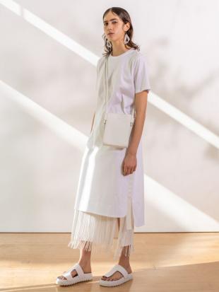 ホワイト サイドテープティーシャツワンピース UN3D.を見る