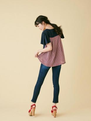 ピンク バックフレアTシャツ dazzlinを見る
