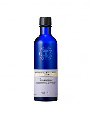 フランキンセンス ウォーター(ふき取り化粧水)+ホワイトティフェイシャルミスト(保湿用化粧水)セットを見る