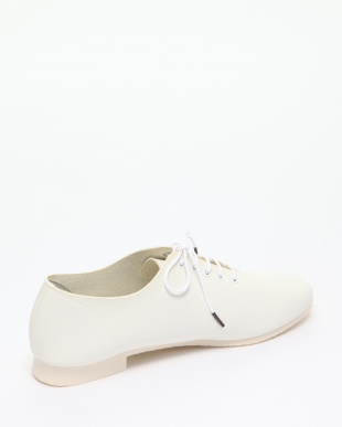 WHITE OPP LACE-UPを見る