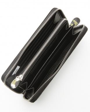 カモフラグリーン パイソン長財布を見る