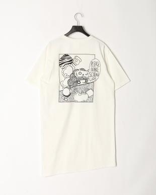 オフホワイト モーニング柄Tシャツワンピースを見る
