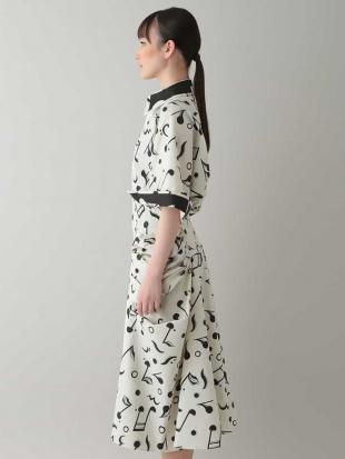 ホワイト 【日本製】小付き音符アートドレス HIROKO KOSHINOを見る