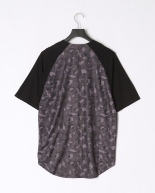 BLACK UT CAMO BB SHIRTを見る