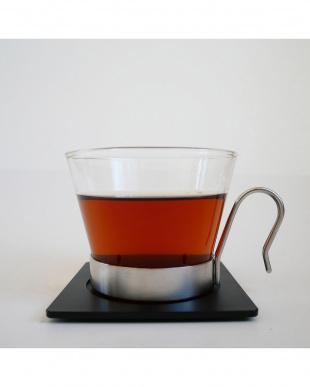 『品評会で優勝した茶葉と同じ畑、同じ時期に収穫された希少茶葉』極上 東方美人茶 リーフティー 25g 黒塗り缶入りを見る