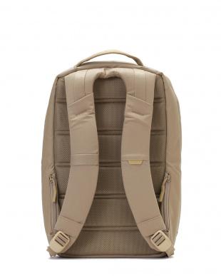 カーキ 多機能バックパック CL55504 City Collection Backpackを見る