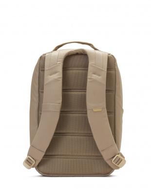 カーキ 多機能バックパックCity Collection Compact Backpackを見る