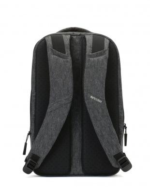 ブラック 衝撃吸収素材 バックパック Reform Tensaerlite Backpack 15を見る