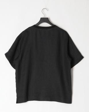 BLK リネンプルオーバーシャツを見る