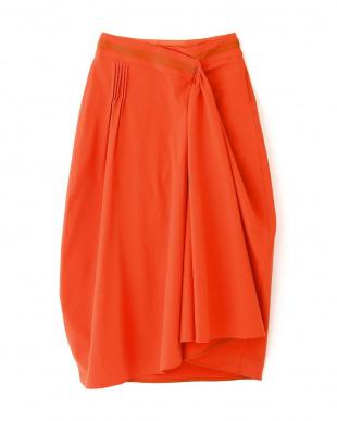 オレンジ テクノベンタイルコクーンスカート アドーアを見る